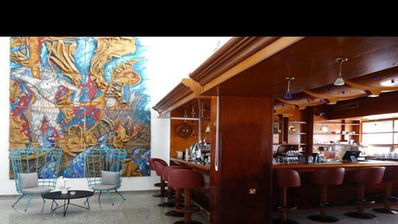 Lobby bar w hotelu Odessa