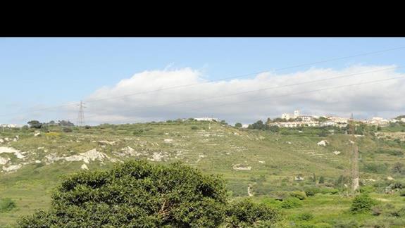 Il Parco Degli Ulivi - widok na wzgórza