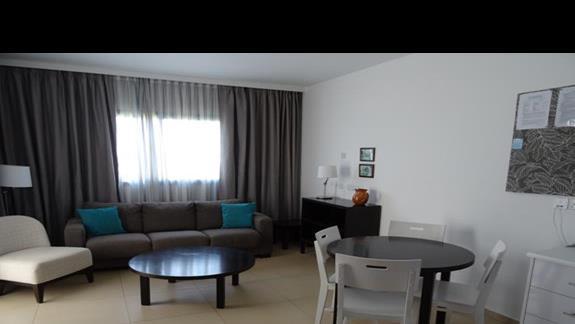 Część dzienna w apartamencie Castillo Village