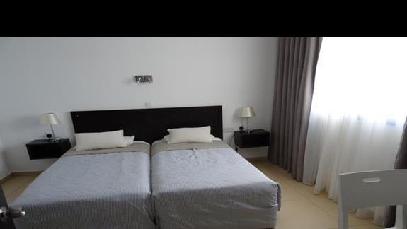 Sypialnia w apartamencie Castillo Village