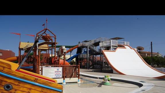 Aquapark dla dzieci i dorosłych dla klientów Castillo Village