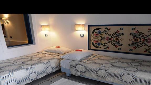 pokój rodzinny w hotelu Aldemar Cretan Village