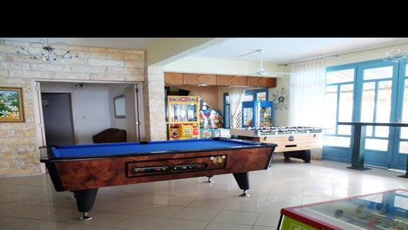 bilard w hotelu Elounda Waterpark