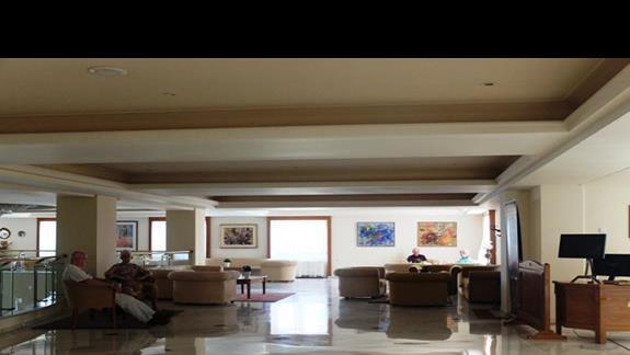 lobby w hotelu Iberostar Creta Panorama