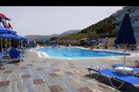 Hotel Koni Village - basen w hotelu Koni Village