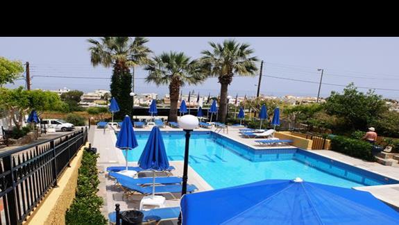 basen w hotelu Koni Village