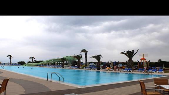basen w hotelu Lyttos Beach