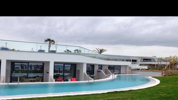 pokoje z prywatnym basenem w hotelu Lyttos Beach