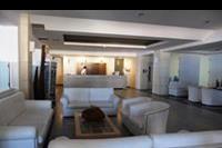 Hotel Semiramis Village - lobby w hotelu Semiramis Village