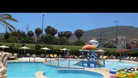 basen dla dzieci w hotelu Star Beach Village