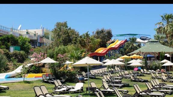 zjeżdżalnie  hotelu Star Beach Village