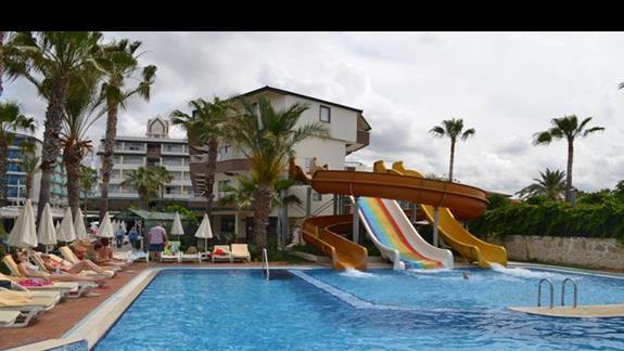 Zjeżdżalnie w hotelu Galeri Resort