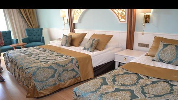 Pokoj standardowy z dostawką w hotelu Jadore Deluxe
