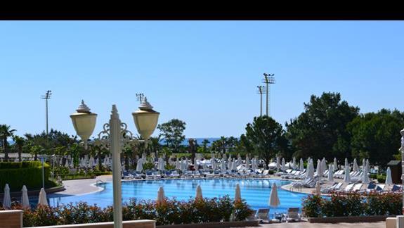 Basen w hotelu Delphin Be Grand