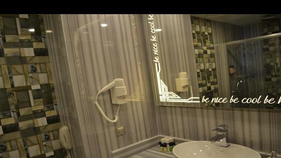 Łazienka w hotelu Delphin Be Grand