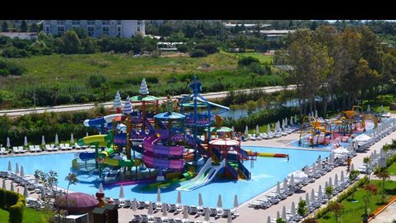 Aquapark dla młodszych w hotelu Delphin Be Grand