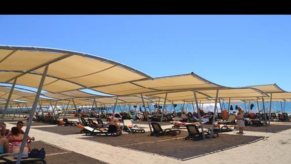 Plaża  hotelu Sherwood Breezes