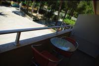 Hotel Ionian Sea - balkon w pokoju standardowym