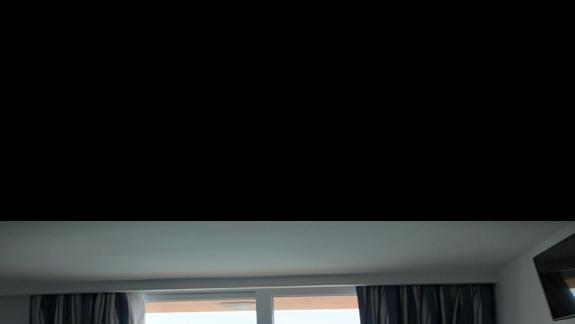 pokój z widokiem na aquapark