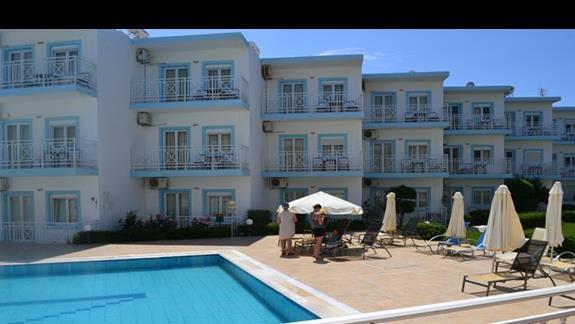 Budynek hotelowy Nicolas Villas