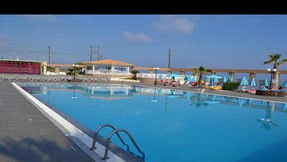 Basen rozrywkowy w hotelu Europa Beach
