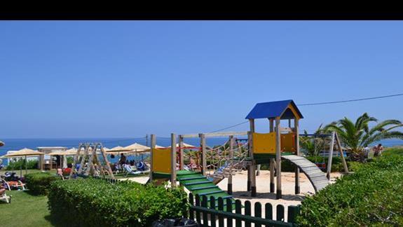 Plac zabaw w części bliżej morza w hotelu Sissi Bay