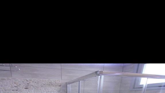 Łazienka w pokoju standard Caretta Sea View