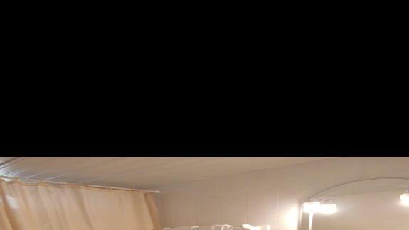 Łazienka w pokoju standard Royal Zante