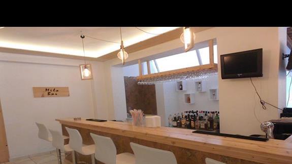 Bar w hotelu Arion