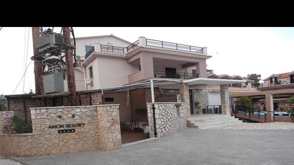 Fron hotelu Arion