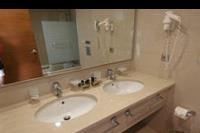 Hotel Apollonion Resort & Spa - Łazienka w pokoju standard w Apollonion