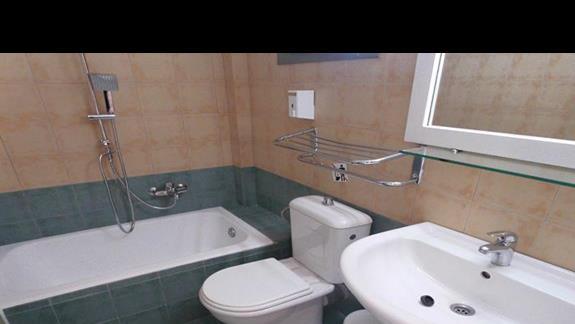 Łazienka w pokoju rodzinnym Ionian Sea