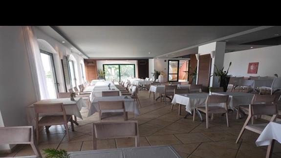 Restauracja wApolostate