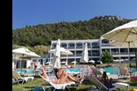 Hotel Evita Resort - Fajna spokojna lokalizacja u podnóża góry, z tej góry (doskonałe wieczorne spacery + obserwatorium) zrobiłem zdjęcie plaży.