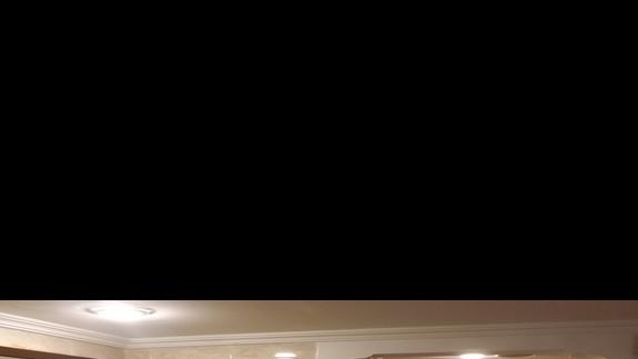 prosta i czysta łazienka