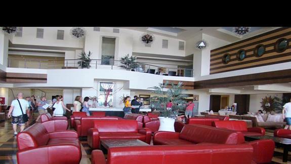 duże, przestronne lobby w  Star Beach Village