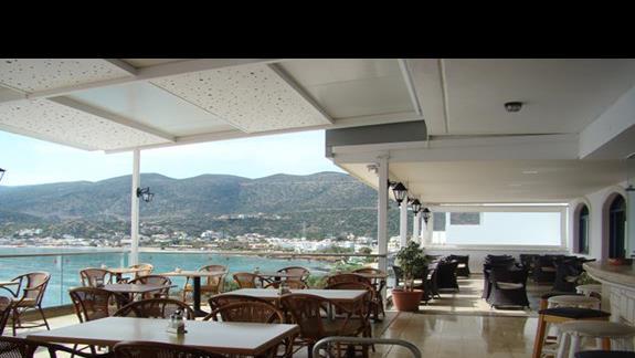 restauracja z przepięknym widokiem na zatokę - Horizon Beach