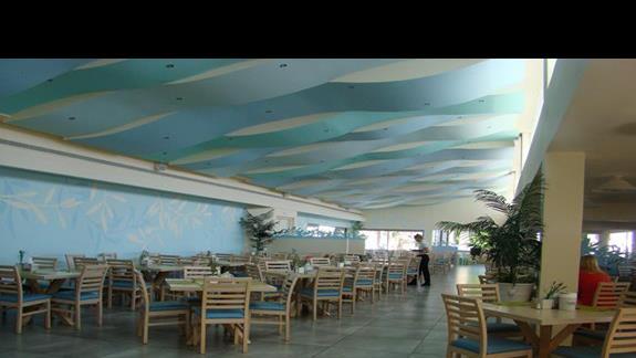 część restauracji dla rodzin z dziećmi i grup w hotelu  Lyttos Beach