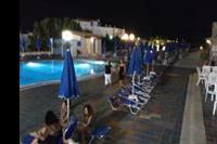 Hotel Koni Village - Basen noca