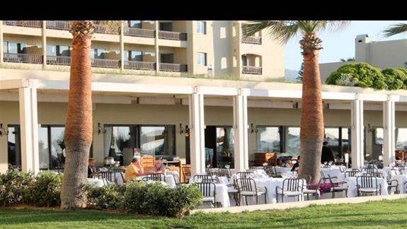 Teren hotelu - restauracja