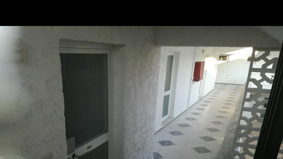 Wejścia na pokoje 3*