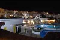 Hotel BelleVue Aquarius - Widok na basen i restaurację z apartamentu