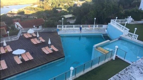 baseny hotelowe