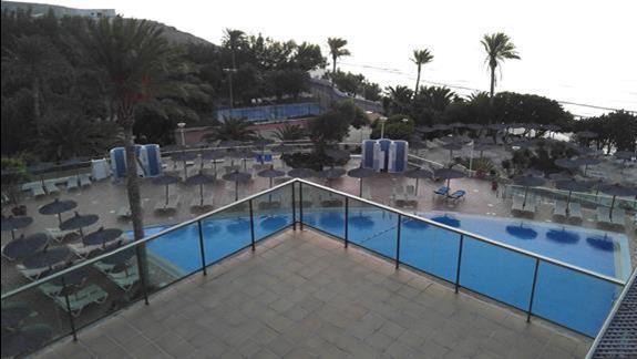 Widok z tarasu hotelu 2