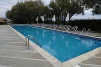 Hotel Theophano Imperial Palace - Jeden z basenów, bezpośrednio przy plaży