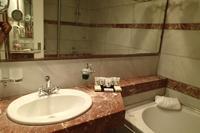 Hotel Theophano Imperial Palace - Łazienka w pokoju typu DBL