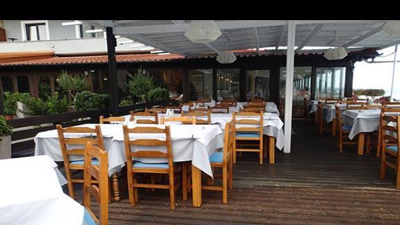 taras przy restauracji