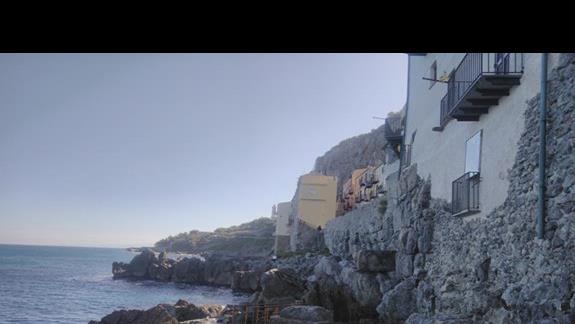 Cefalu stare miasto od strony morza
