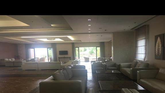 Lobby w hotelu Utopia Resort & Spa