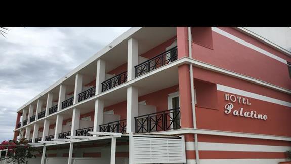Budynek główny hotelu Palatino